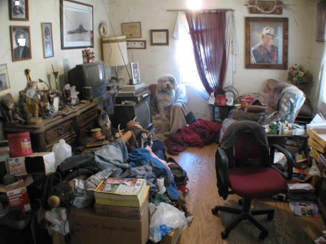 We think the owner of this messy house in San Antonio just needs to have a bit of a clear out! Can you spot the TV?