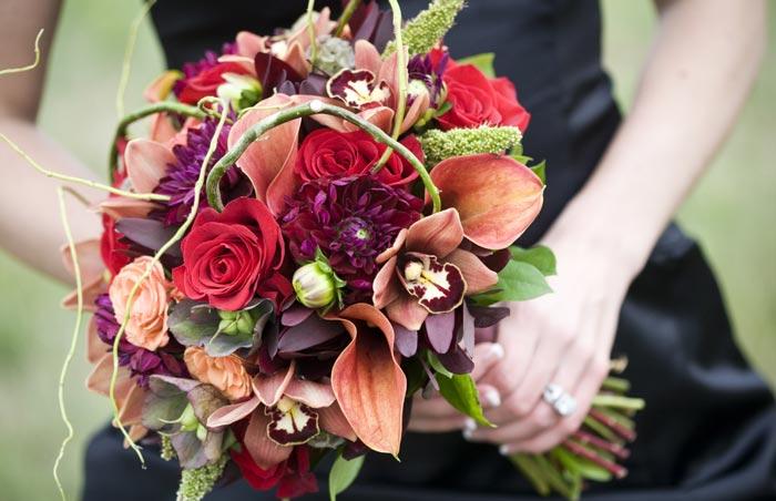Fall bride or bridesmaids' bouquet