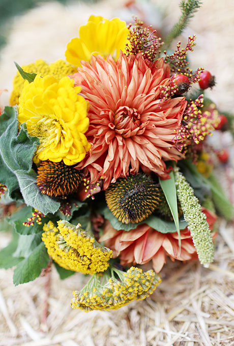 Fall wedding flowers with berries and foliage