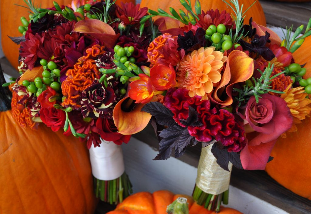 Fall wedding flowers - reds and oranges